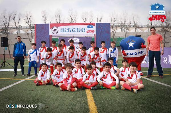 La Selección de Futbol de la Escuela, participó en Campeonato Santiago Cup 2018